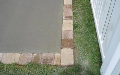 Close-up of EP Henry Paver cobblestone border with 6x6, 6x9, 6x4, and 6x2 stones
